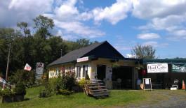 Farm stand at Stone Ridge Orchard